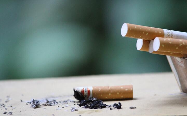 肌にも健康にも悪いタバコ