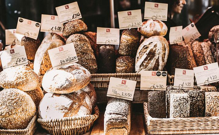 ヨーロッパの固いパン